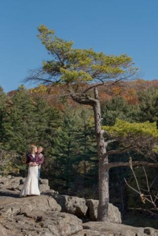 Taylors Falls Barn Wedding Wisconsin - Studio Delphianblue, photographer Danielle Albrecht