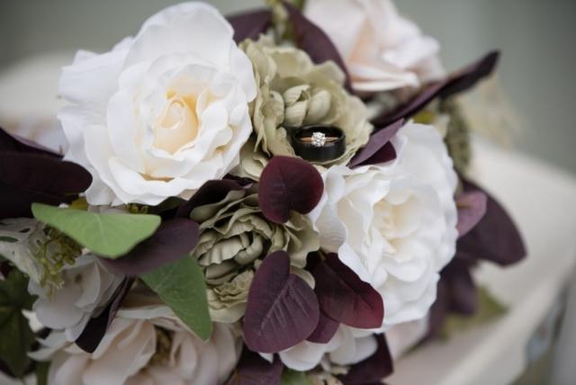 Magnolia Blossom Cruises Wedding, St Paul MN - Studio Delphianblue, Danielle Albrecht