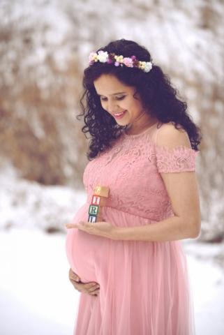 Winter Maternity Session - Minneapolis MN - Studio Delphianblue, Danielle Albrecht