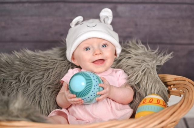 Easter Baby Session - Studio Delphianblue, Danielle Albrecht MInneapolis Photographer